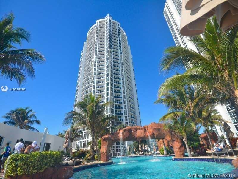 18001 Collins Ave #716 photo02