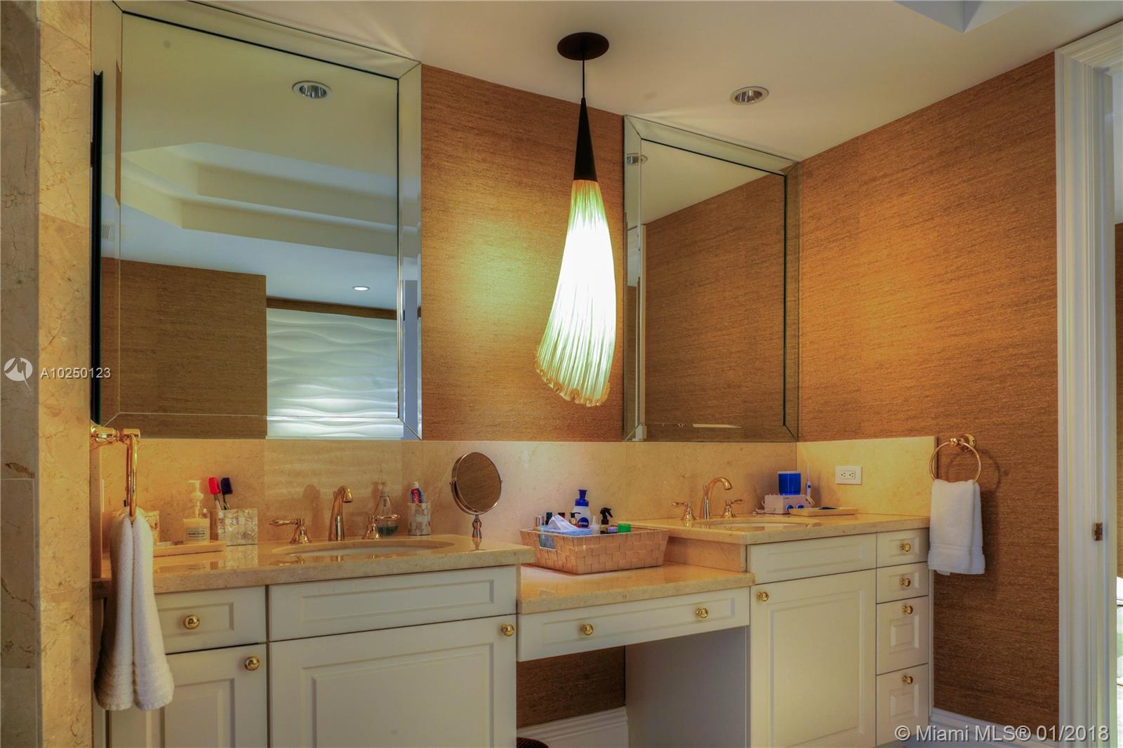 Property 10295 Collins Ave #1106 image 9