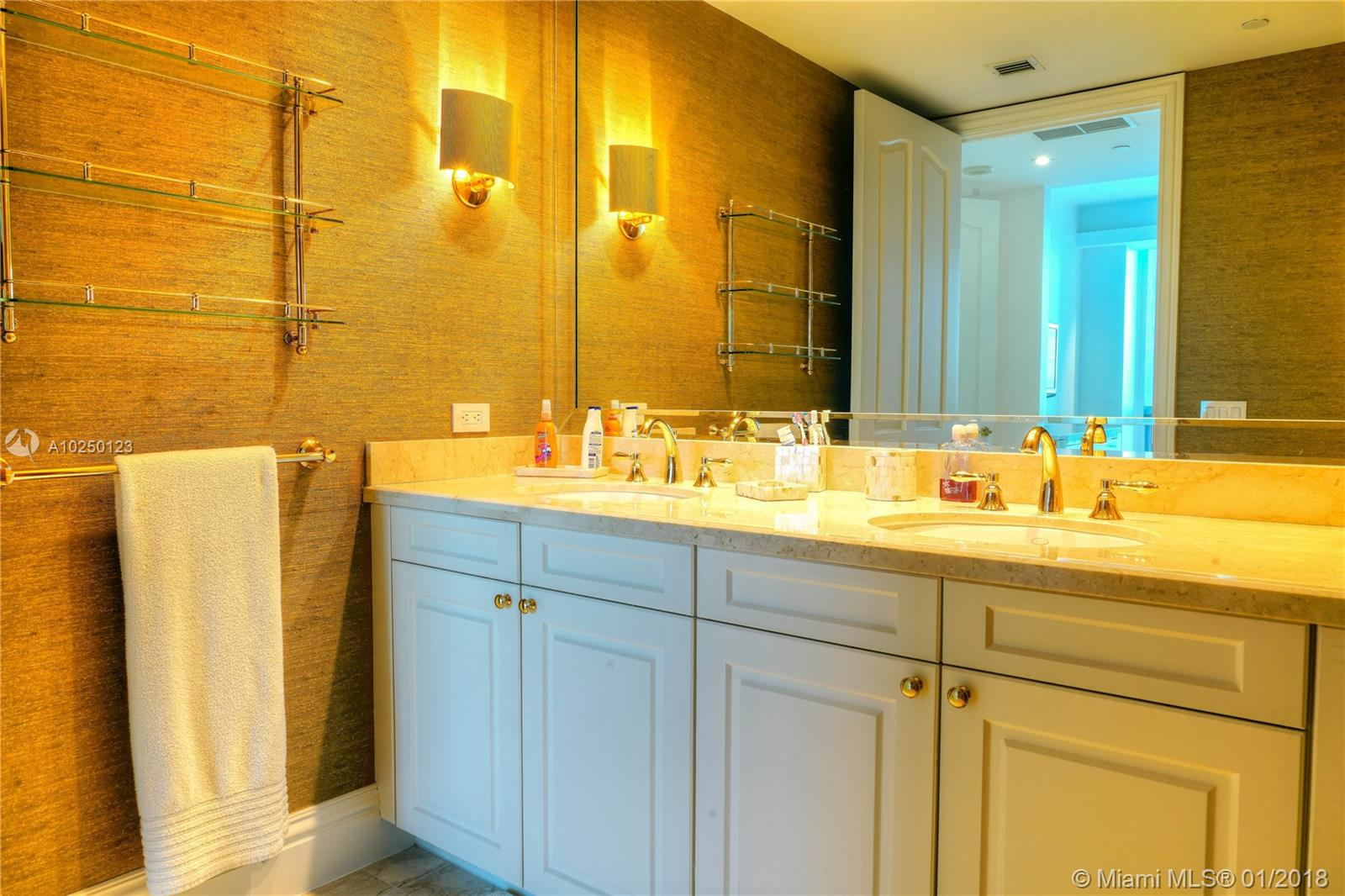 Property 10295 Collins Ave #1106 image 13