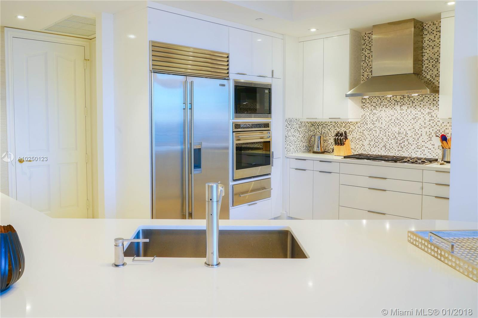 Property 10295 Collins Ave #1106 image 5