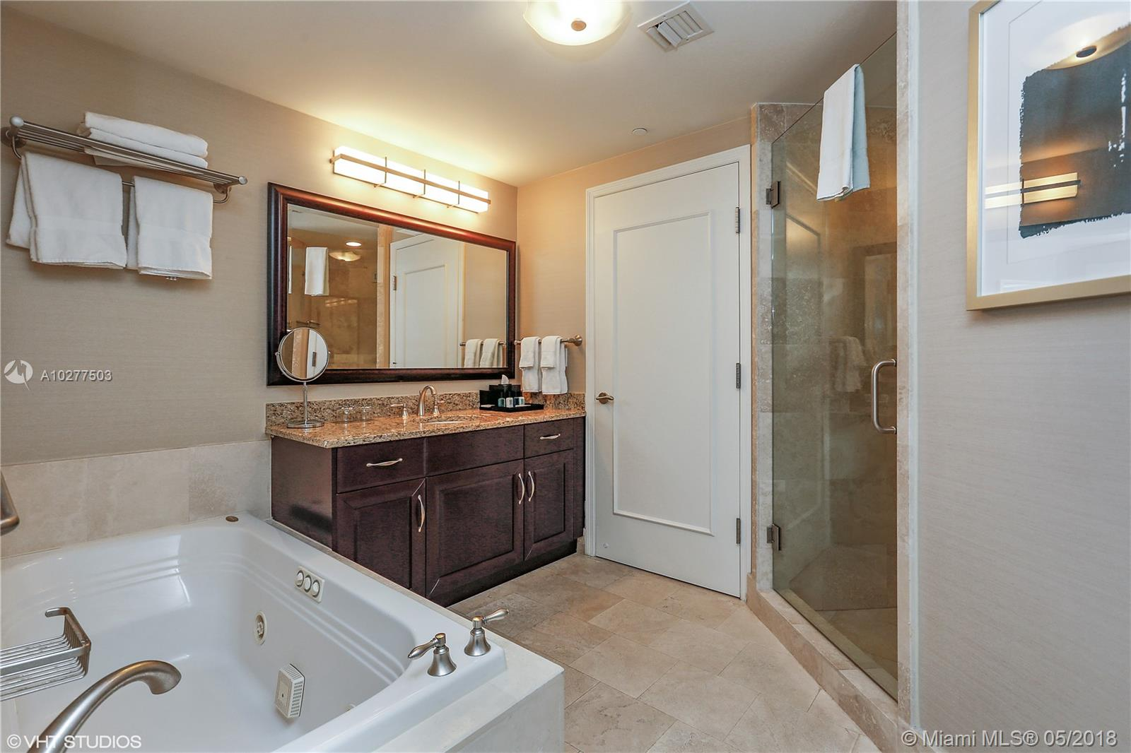 Property 4401 COLLINS AVE #2615 image 6