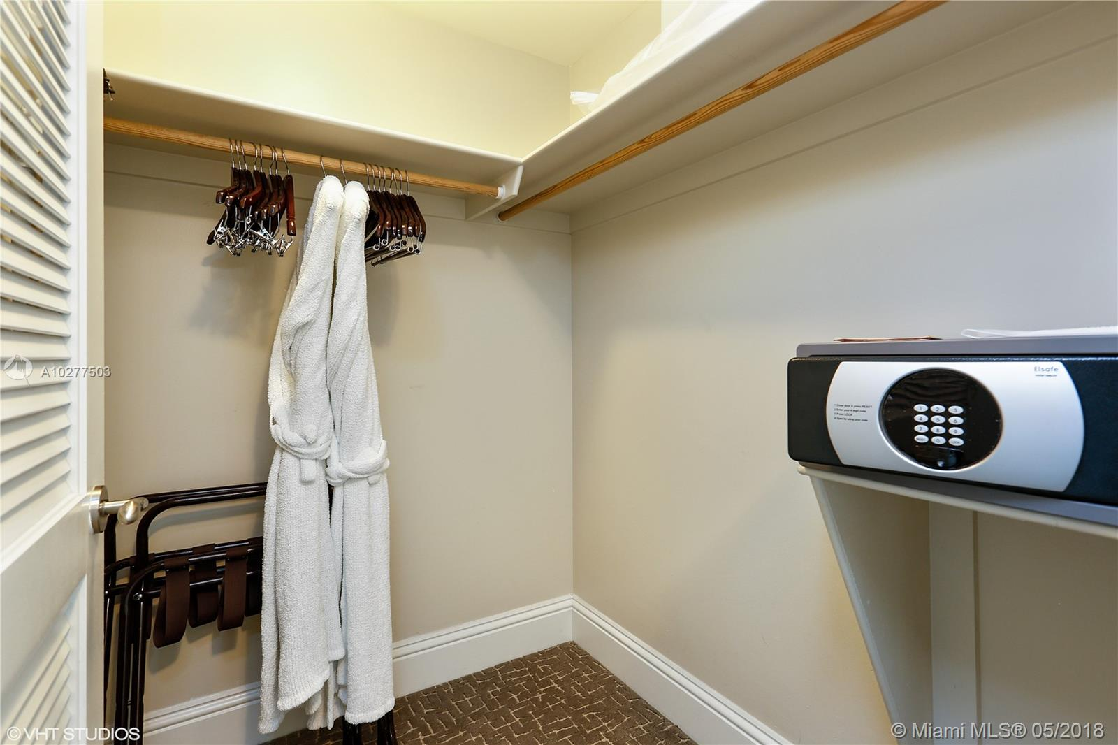 Property 4401 COLLINS AVE #2615 image 7