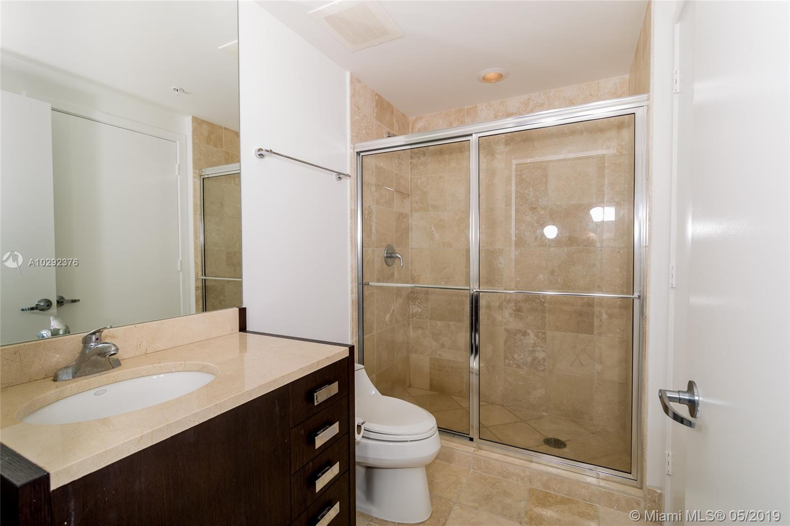 18201 Collins Ave #501A Owner Fin. photo09
