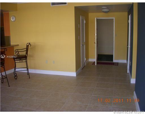 5255 Collins Ave #1A photo09