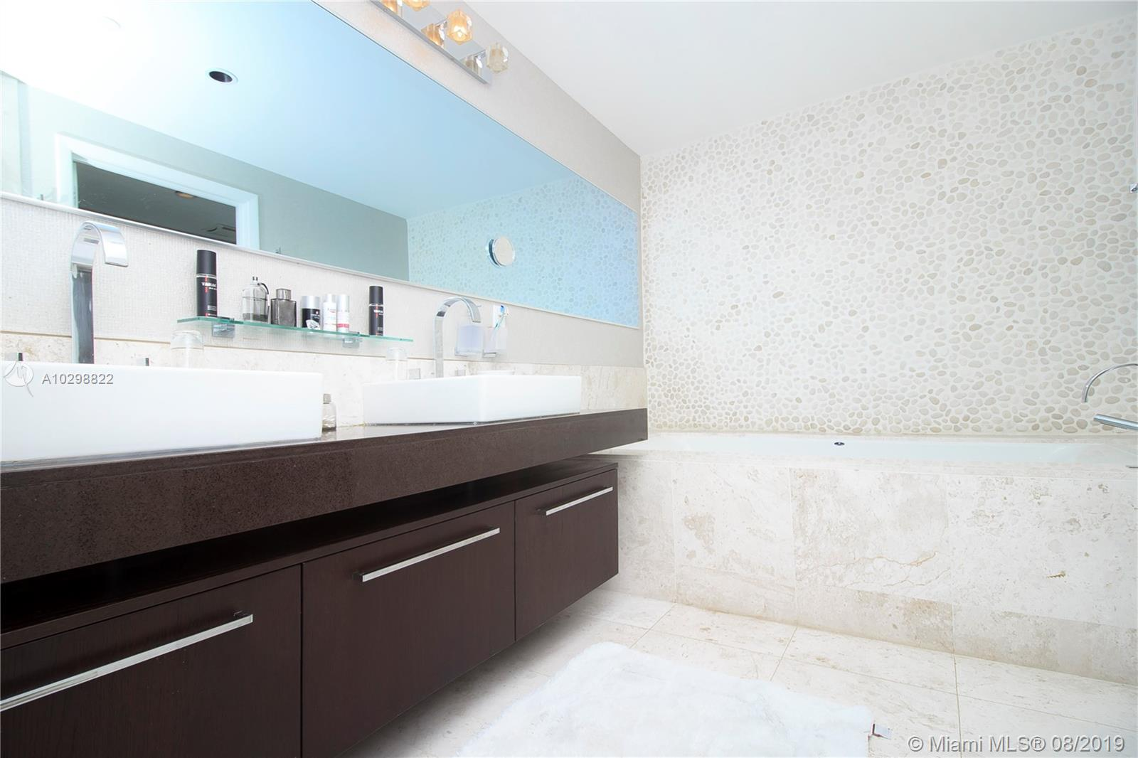 17121 Collins Ave #3505 photo07