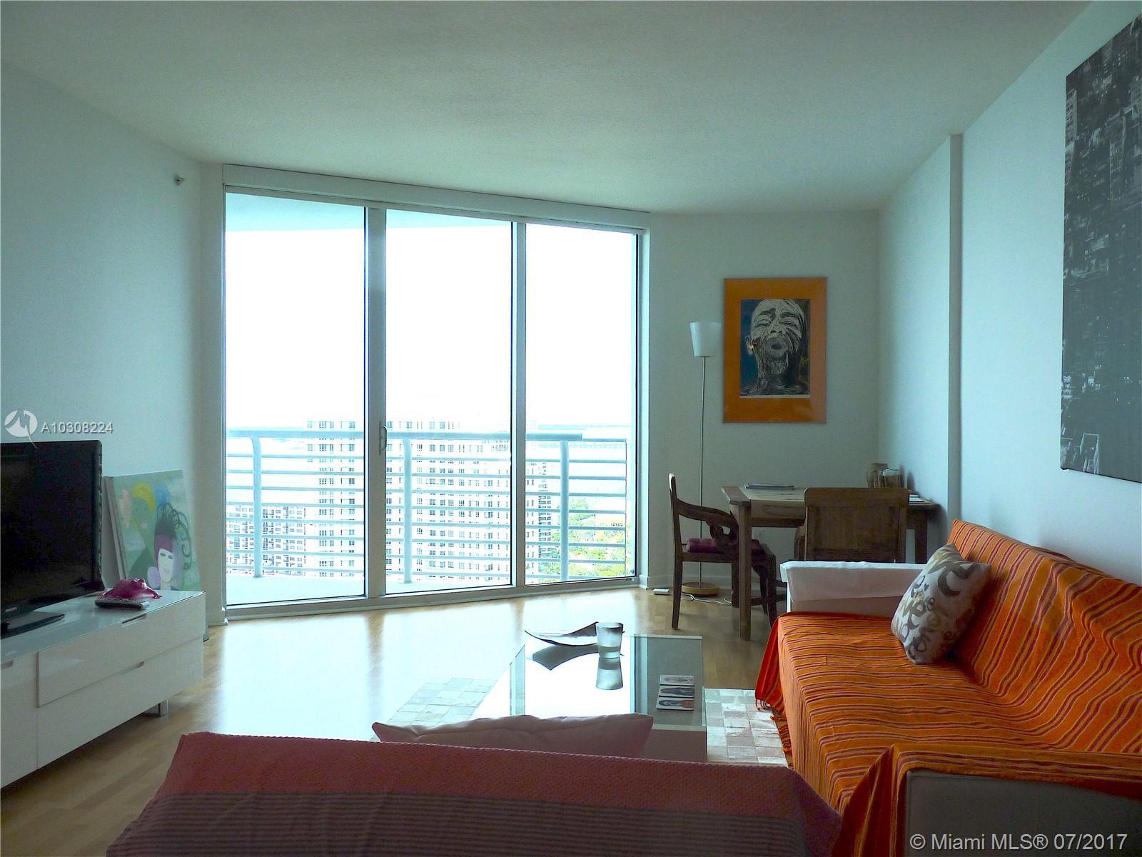 One Miami #3203 photo03