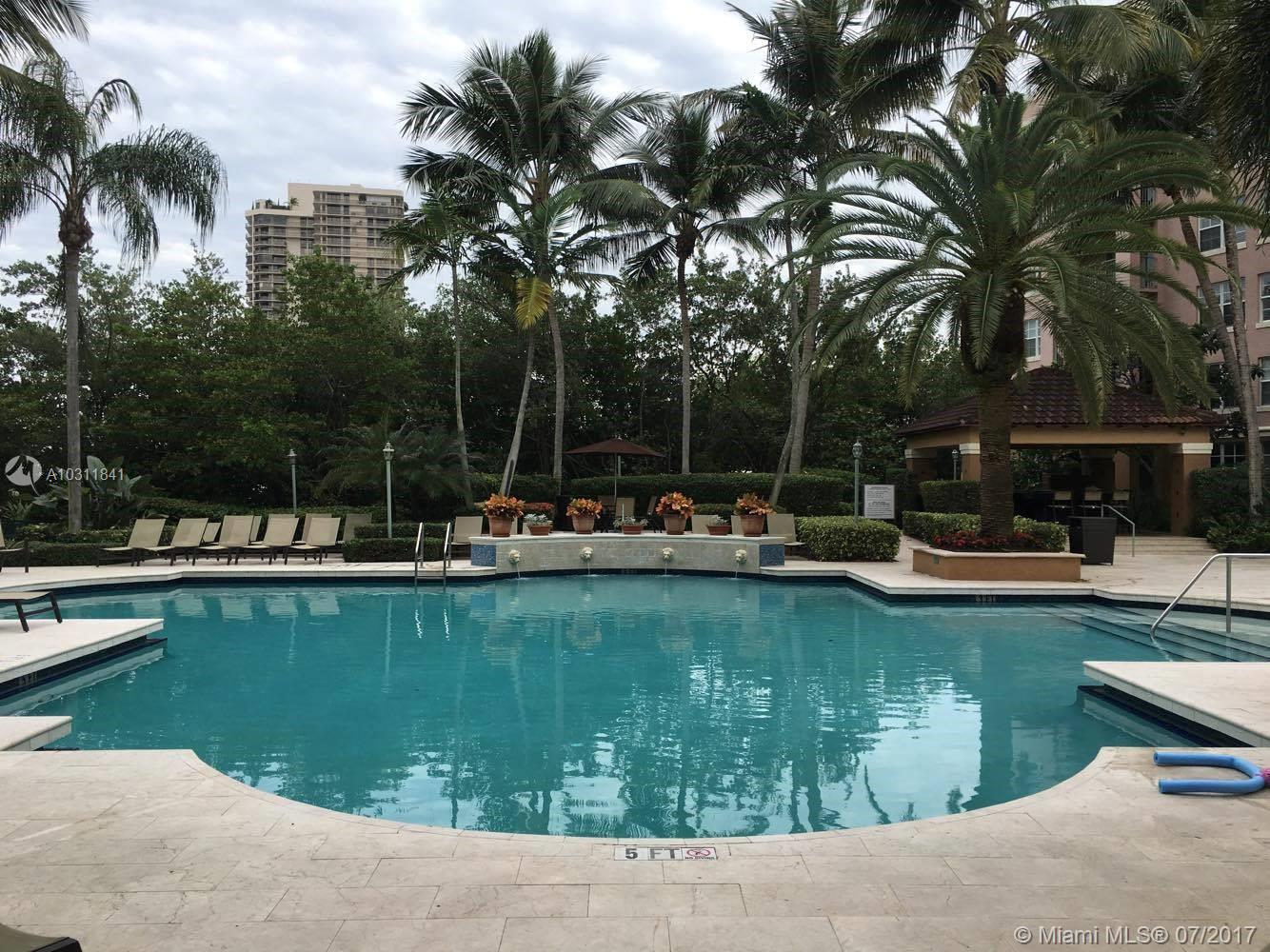 Yacht Club at Aventura #4-204 photo02