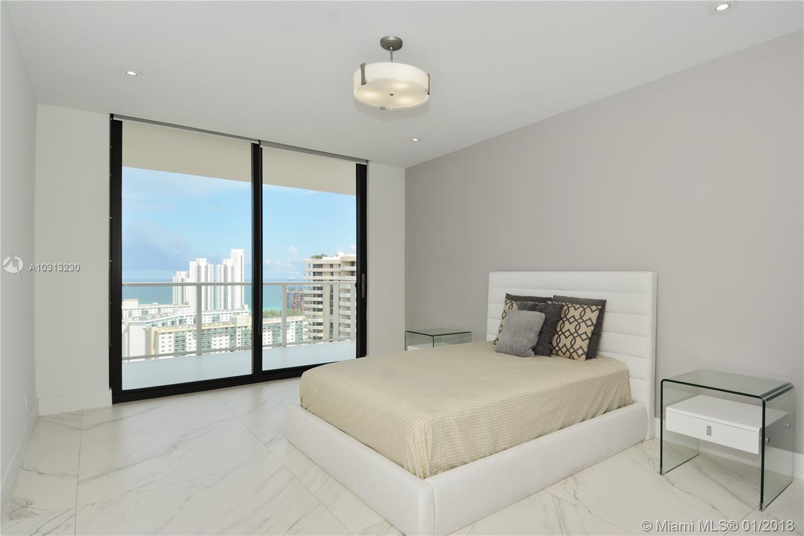 Marina Tower #PH-AB photo06