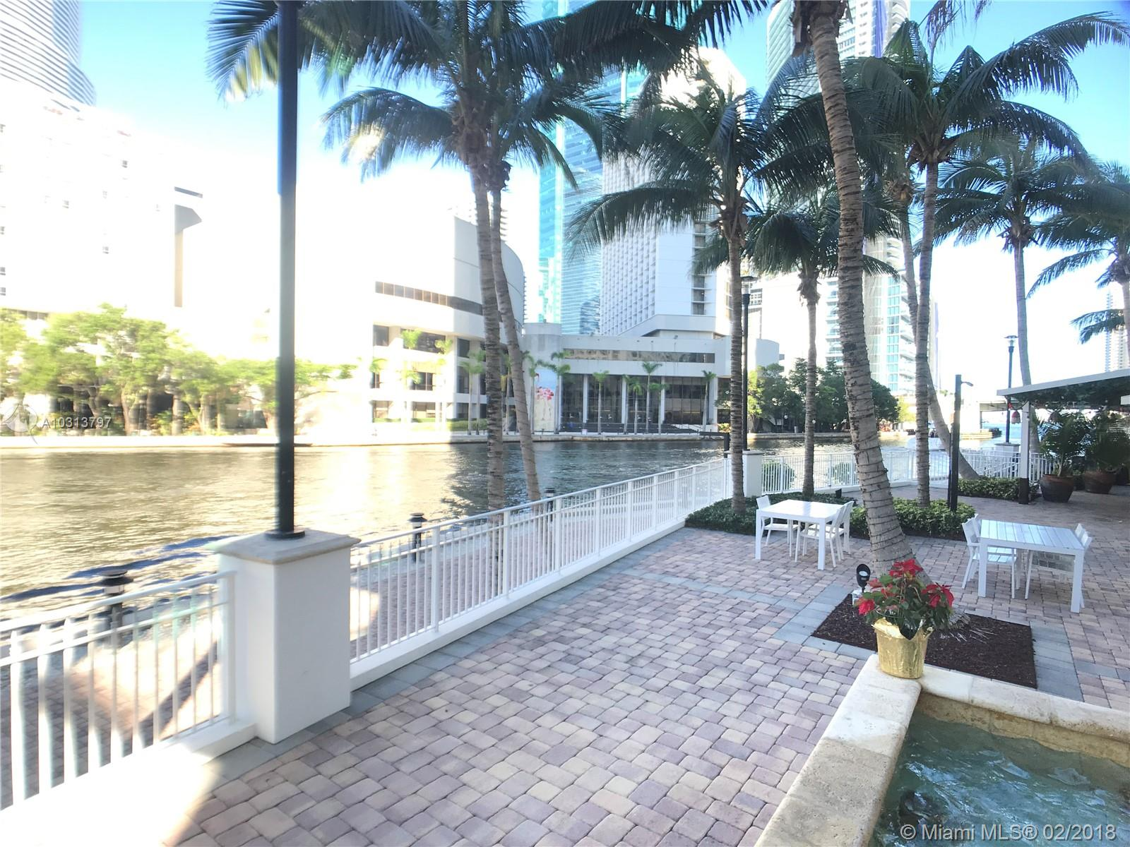 Brickell on the River #1005 photo15