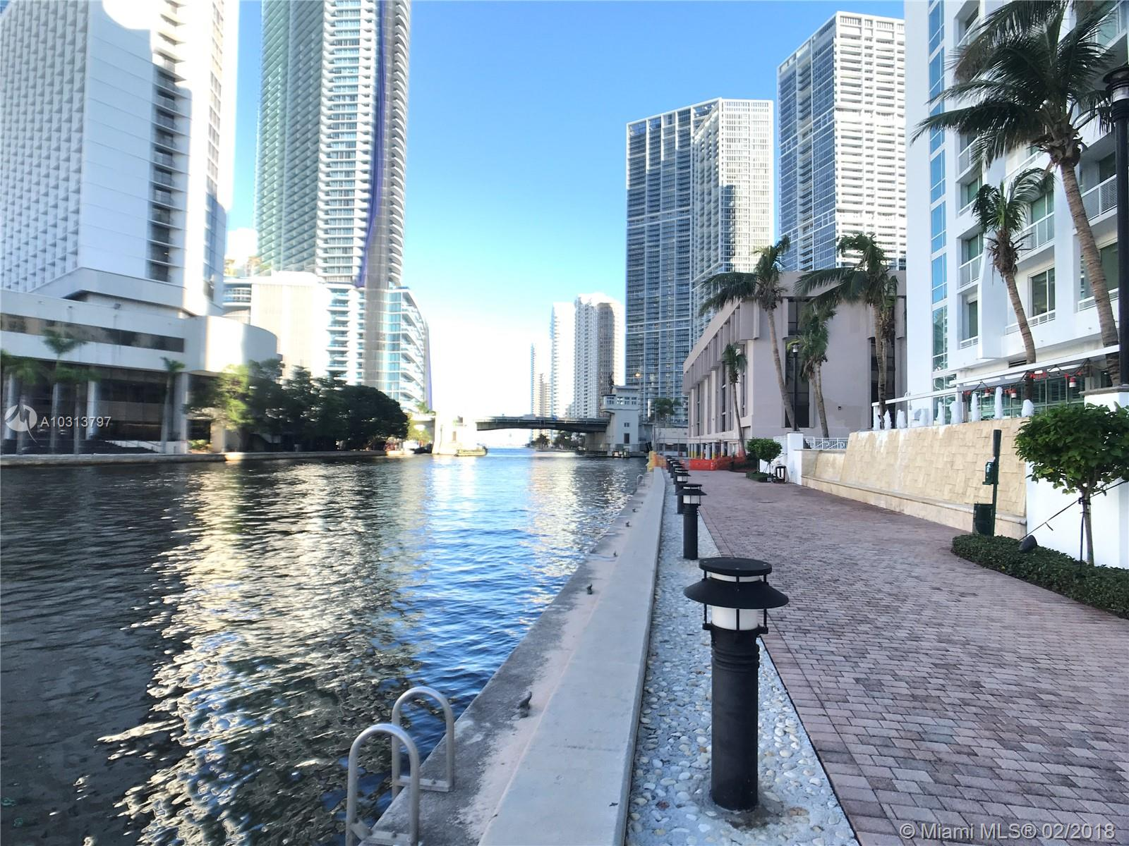 Brickell on the River #1005 photo16