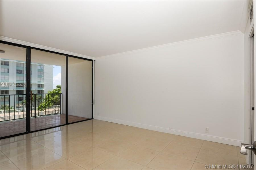 Brickell Place #A-406 photo06