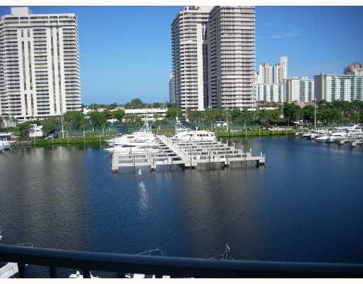 Yacht Club at Aventura #2608 photo04