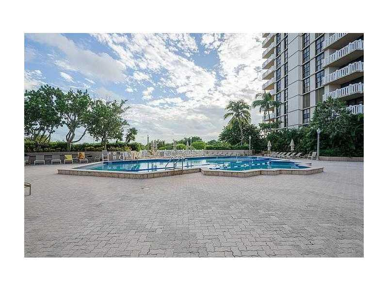 Towers of Key Biscayne #E402 - 08 - photo