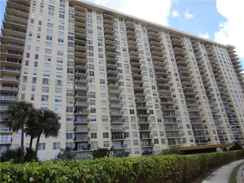 Winston Towers #1616 photo01