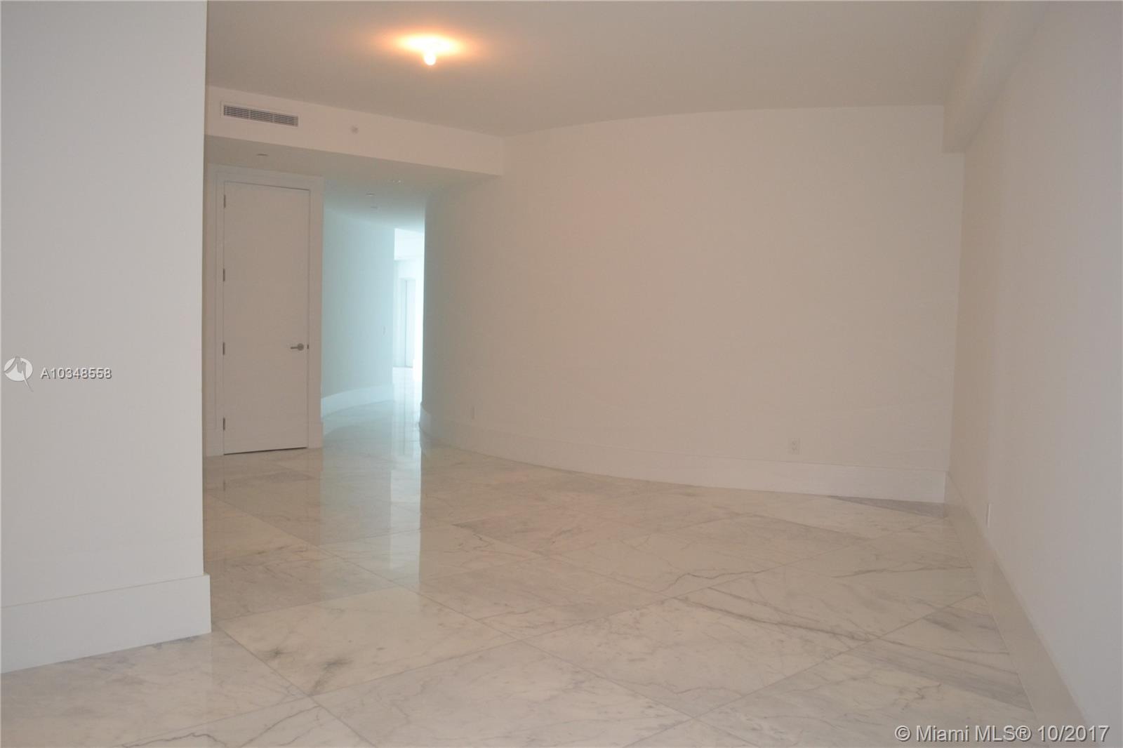 18555 Collins Ave #3305 photo029