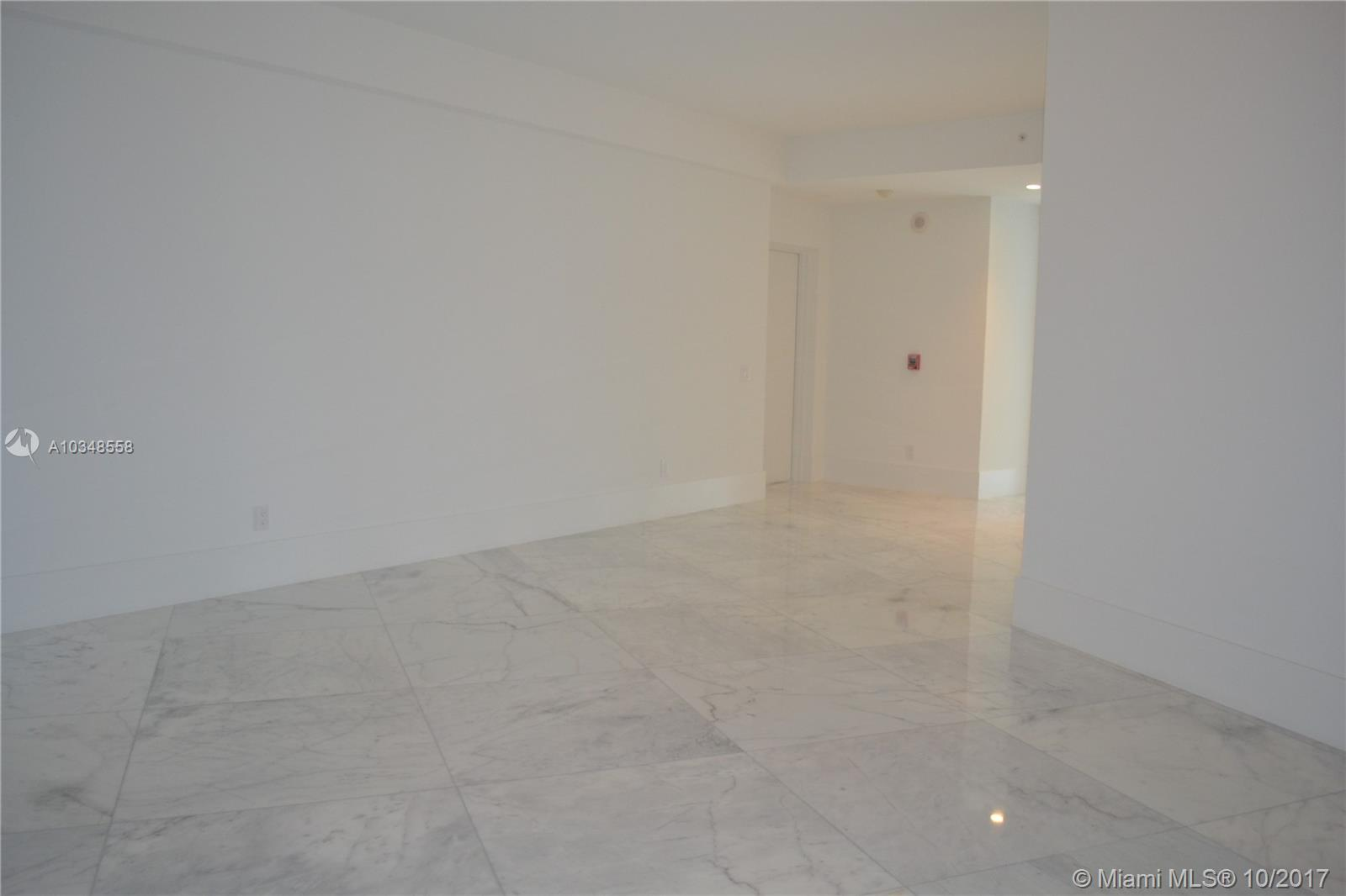 18555 Collins Ave #3305 photo031