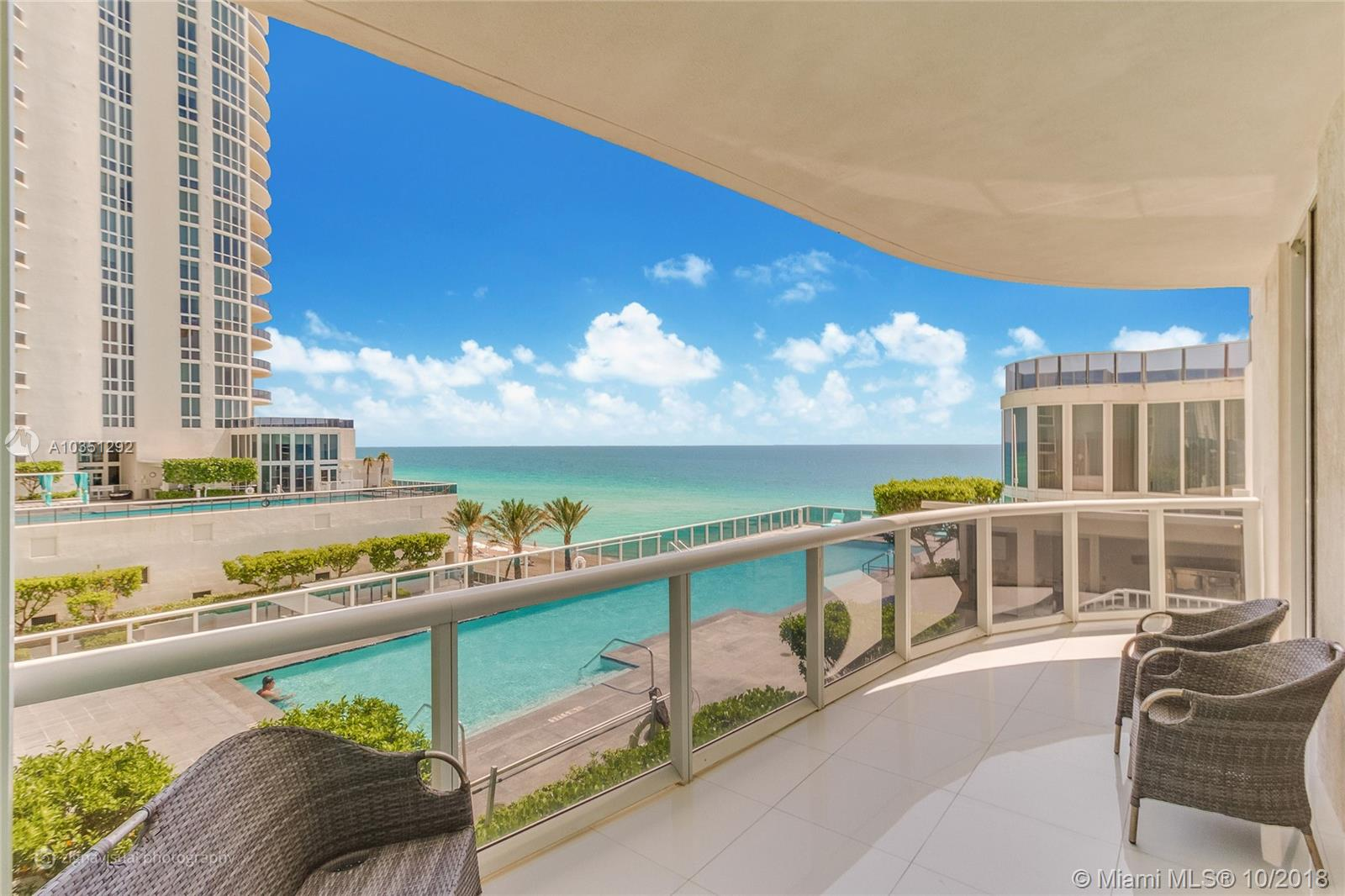 15811 Collins Ave #502 photo01