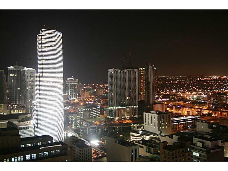 The Loft Downtown #PH1-13 - 03 - photo