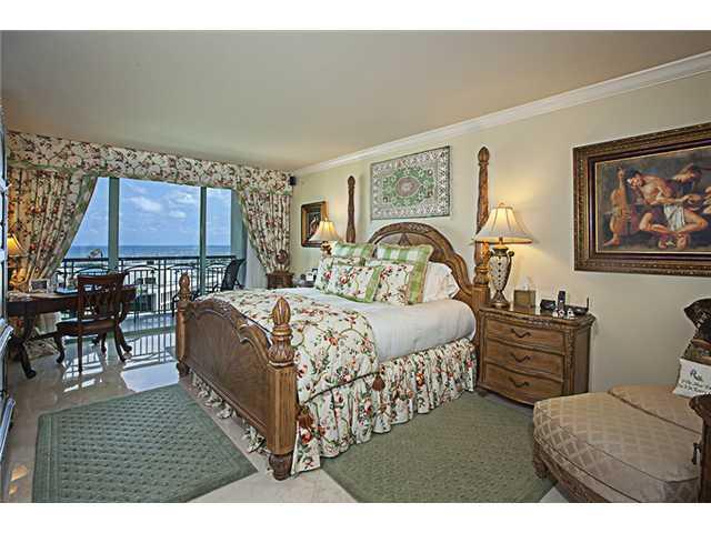 The Ritz-Carlton Coconut Grove #1401 - 06 - photo