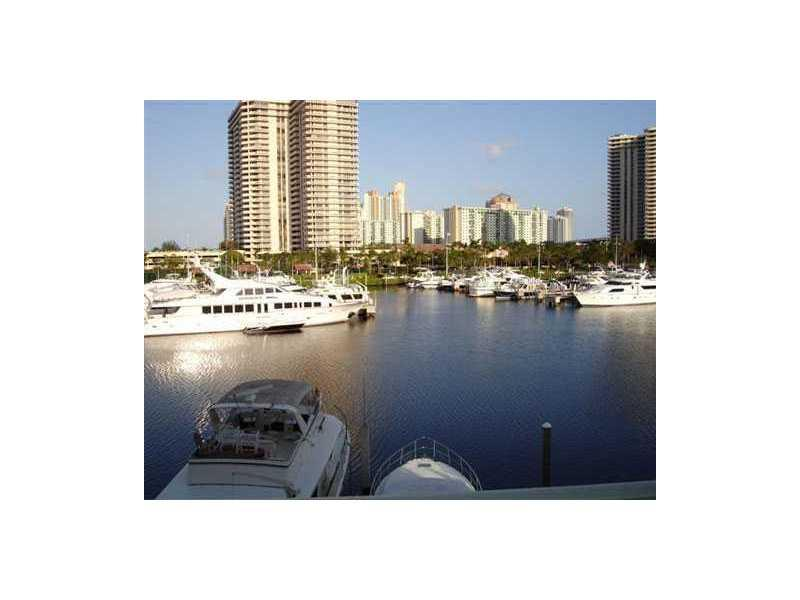 Yacht Club at Aventura #2207 photo03