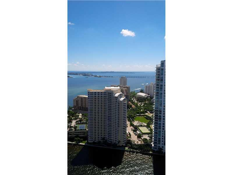 One Miami #UPH-03 photo02
