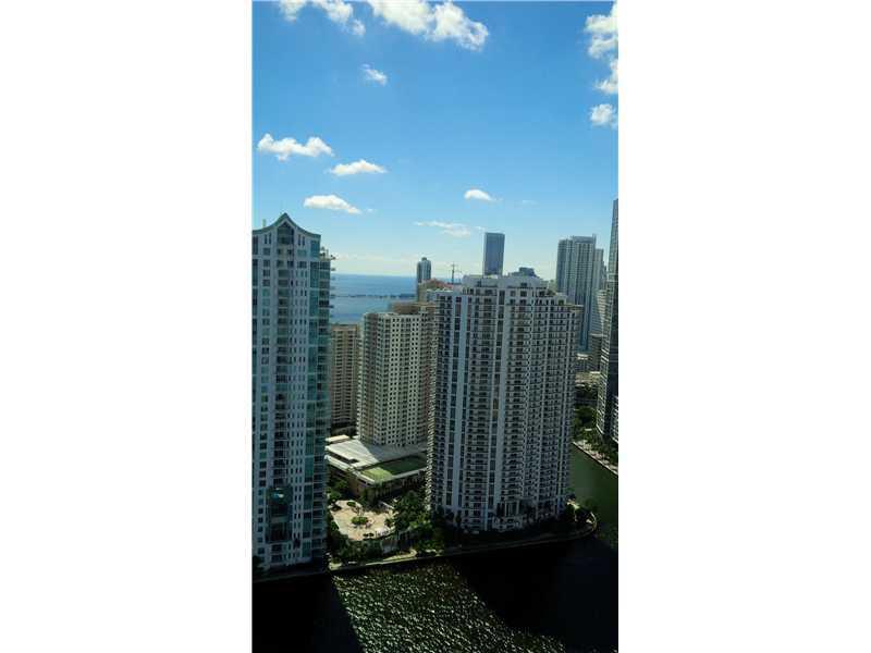 One Miami #UPH-03 photo03