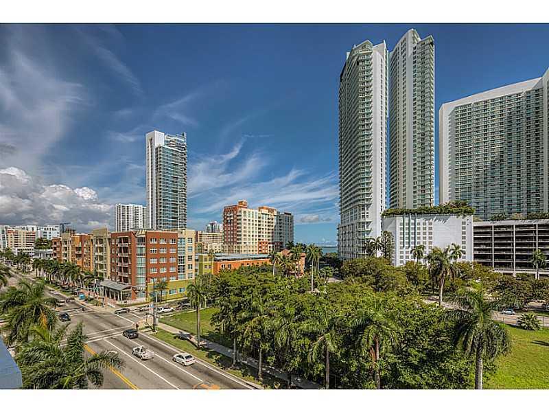 1800 Biscayne Plaza #707 - 17 - photo