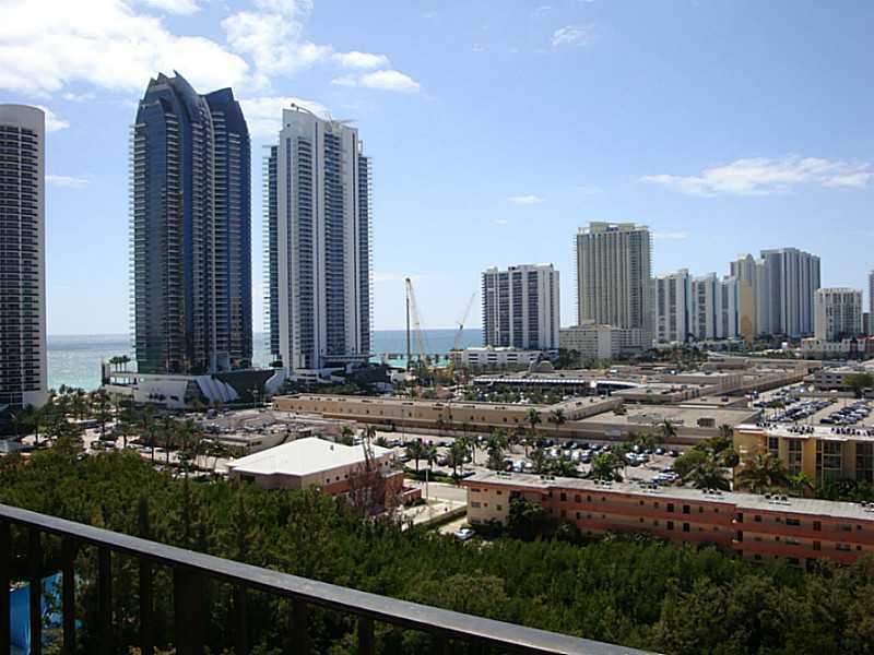 Winston Towers #1502 - 03 - photo