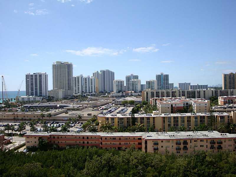 Winston Towers #1502 - 04 - photo
