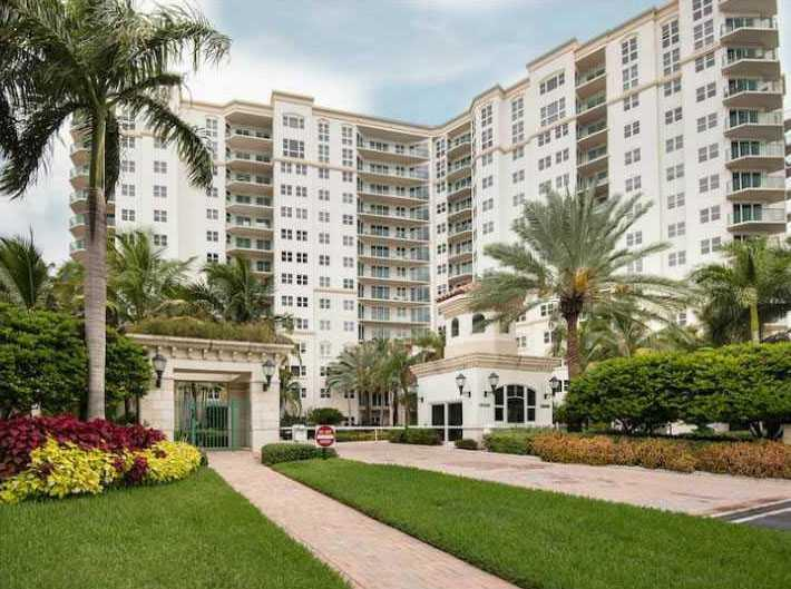 20000 E COUNTRY CLUB DR # 801, Aventura FL 33180