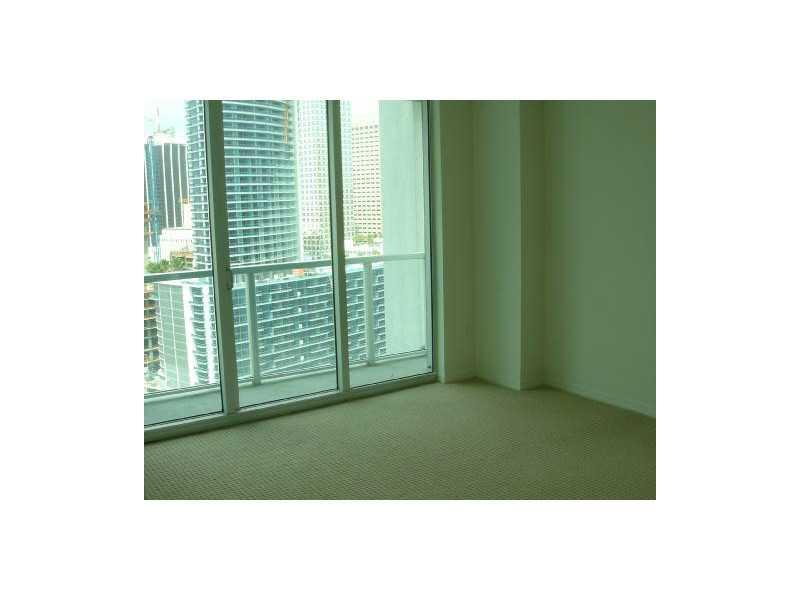 500 Brickell #2007 photo14