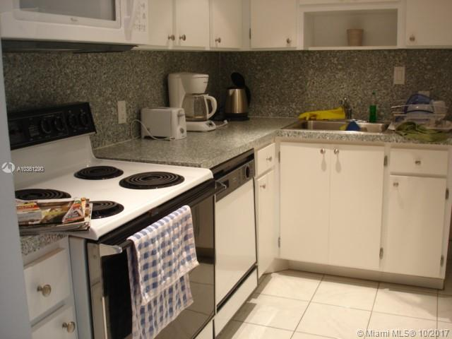 100 Bayview Dr #1502 photo06