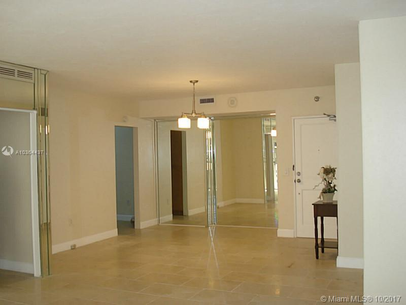 10185 Collins Ave #1112 photo01