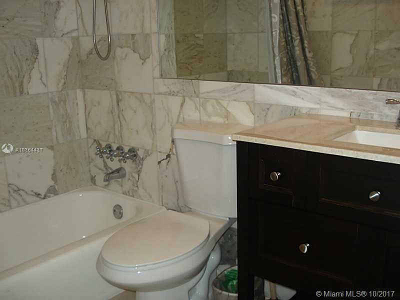 10185 Collins Ave #1112 photo04