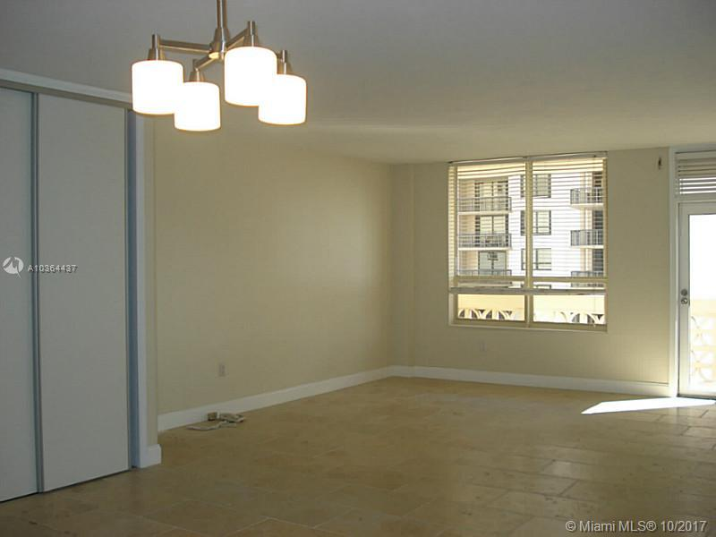 10185 Collins Ave #1112 photo08