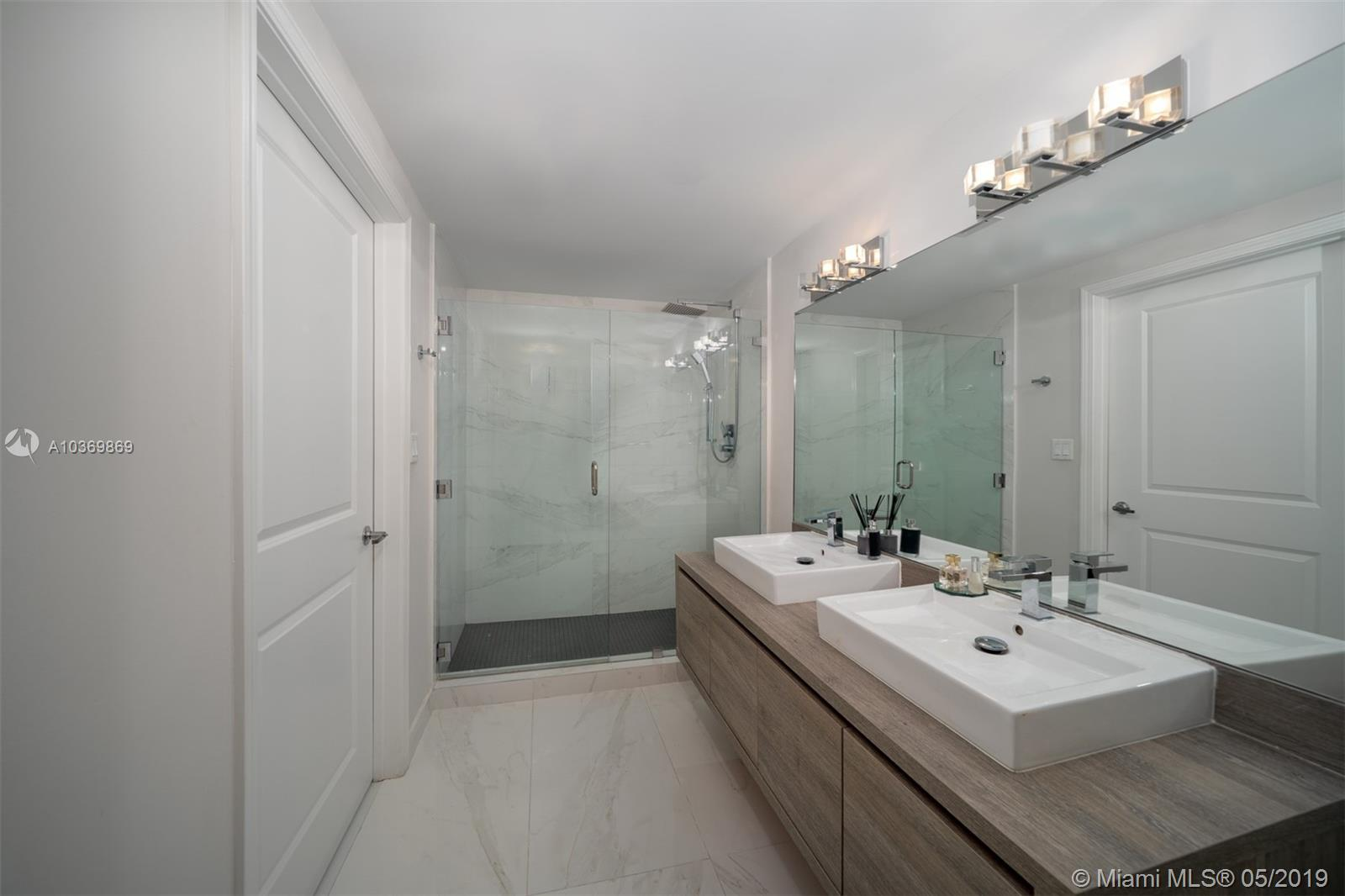 400 Sunny Isles Blvd #720 photo09