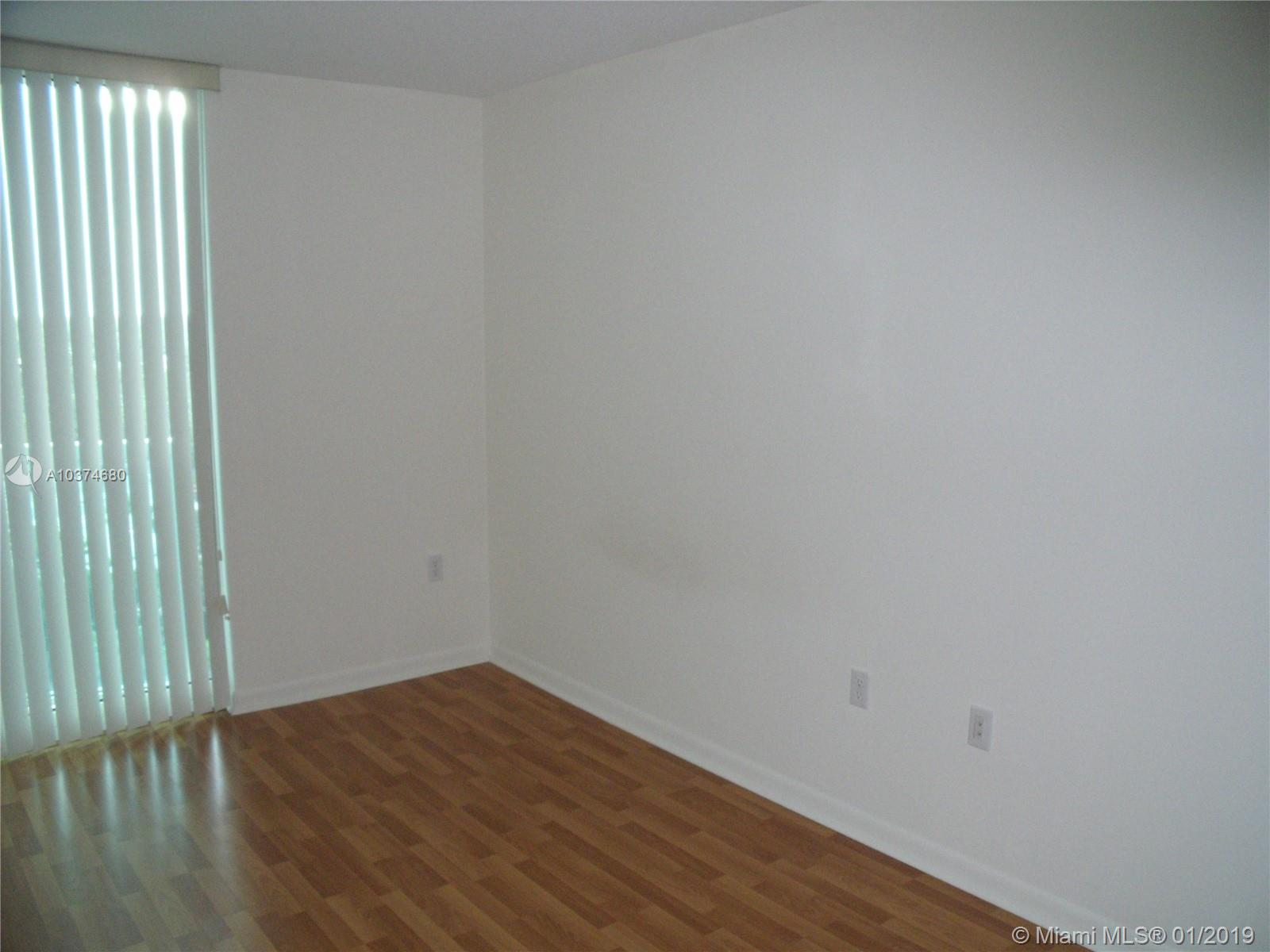 2101 BRICKELL AVE #811 photo04