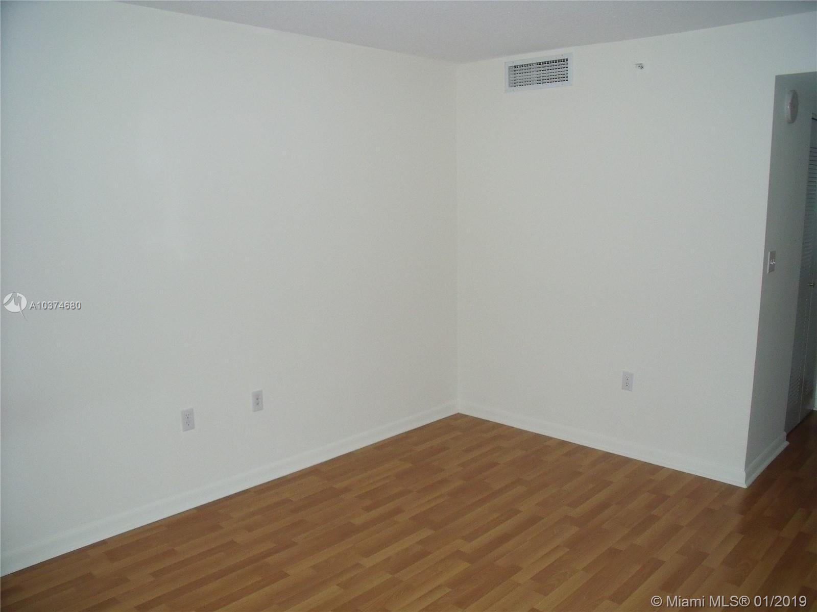 2101 BRICKELL AVE #811 photo05