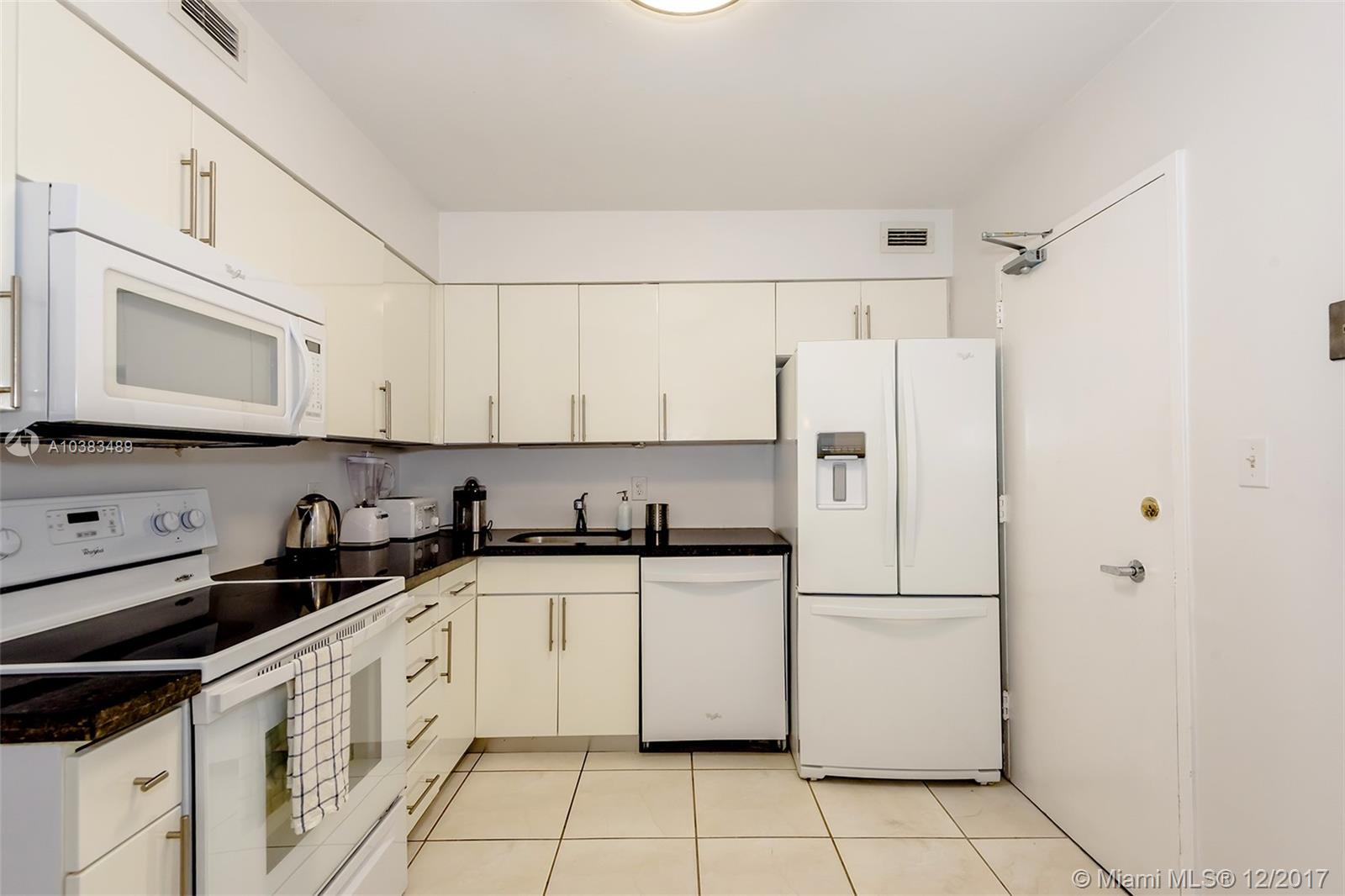 5151 Collins Ave #926 photo010
