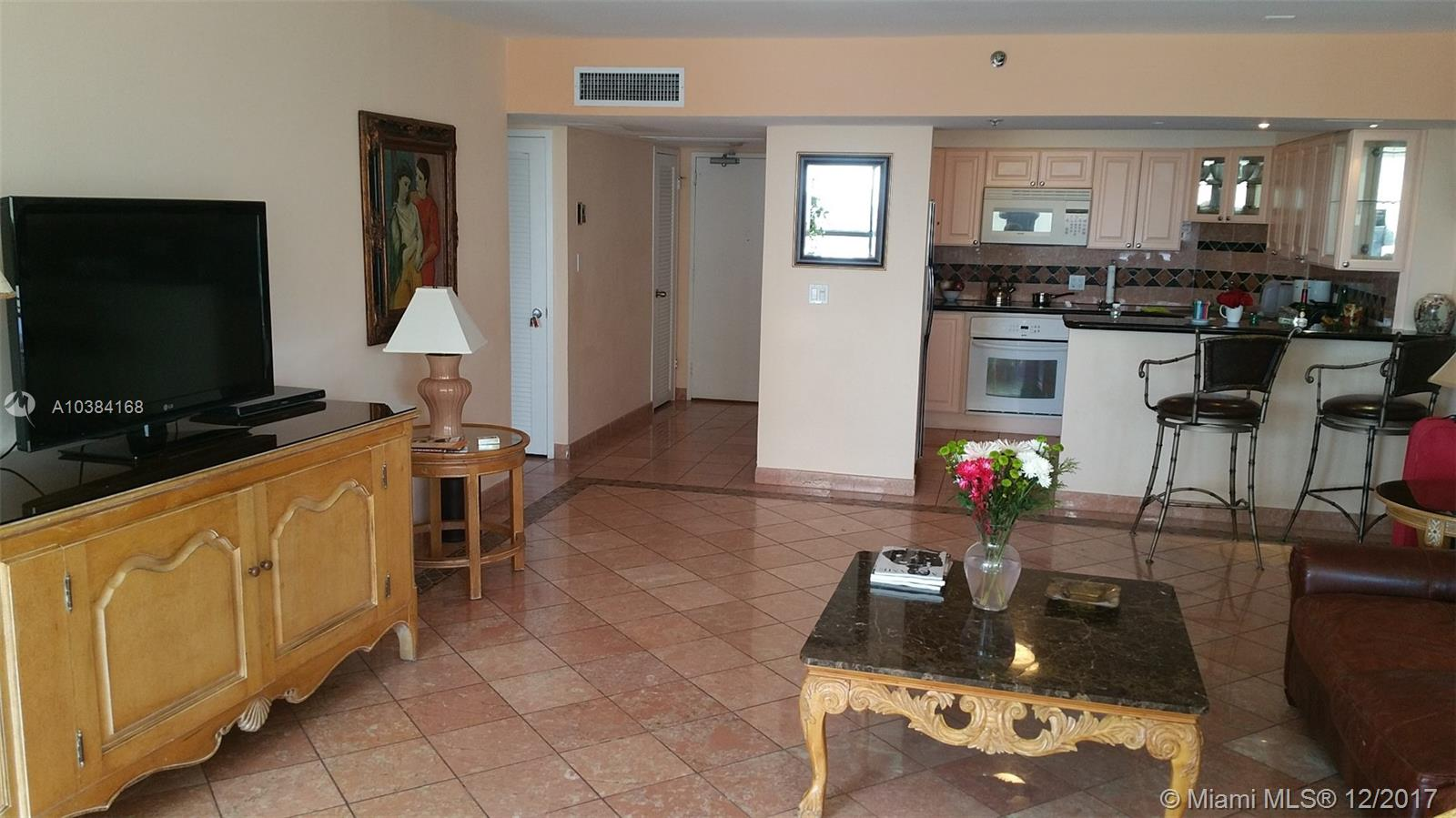 5225 Collins Ave #1621 photo03