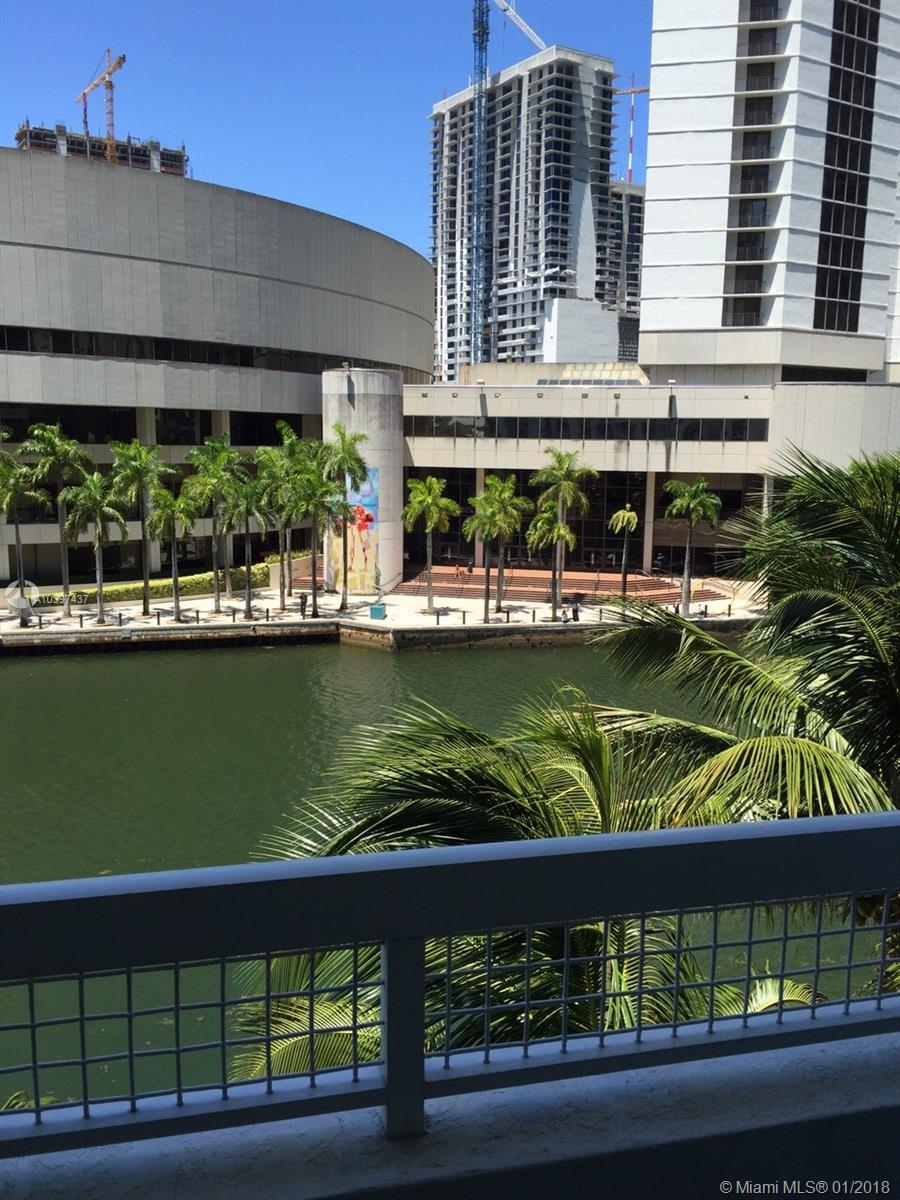 Brickell on the River North Tower #CU-404 - 31 SE 5 ST #CU-404, Miami, FL 33131