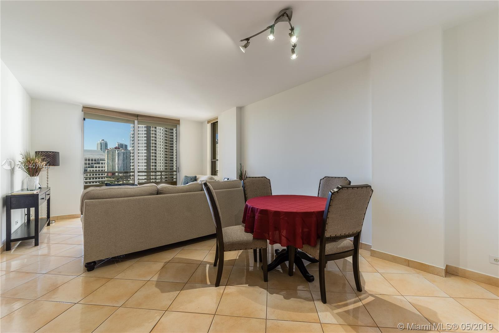 888 Brickell Key Dr #1202 photo03