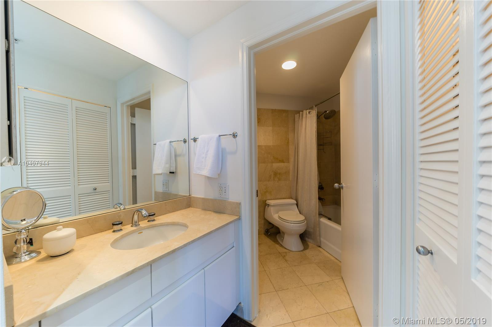 888 Brickell Key Dr #1202 photo07