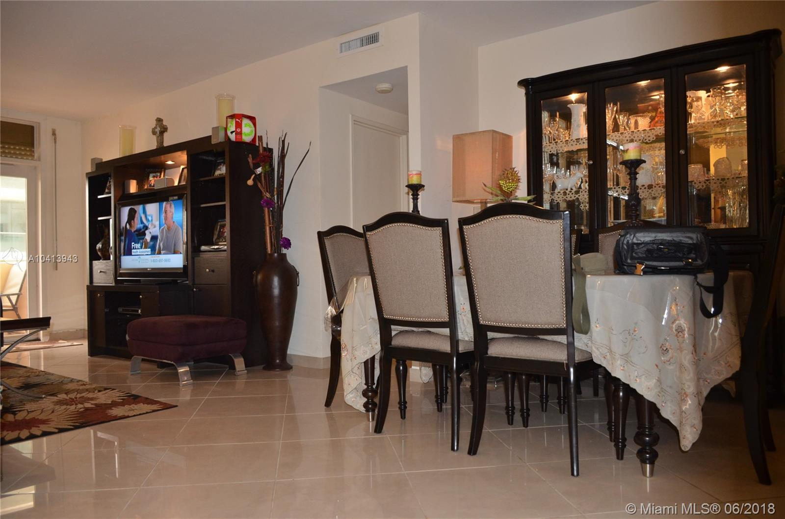 10185 Collins Ave #222 photo017