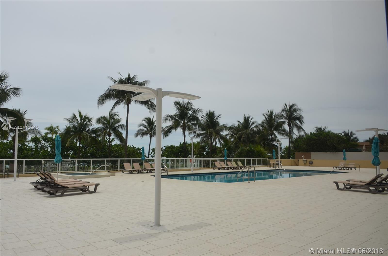 10185 Collins Ave #222 photo020