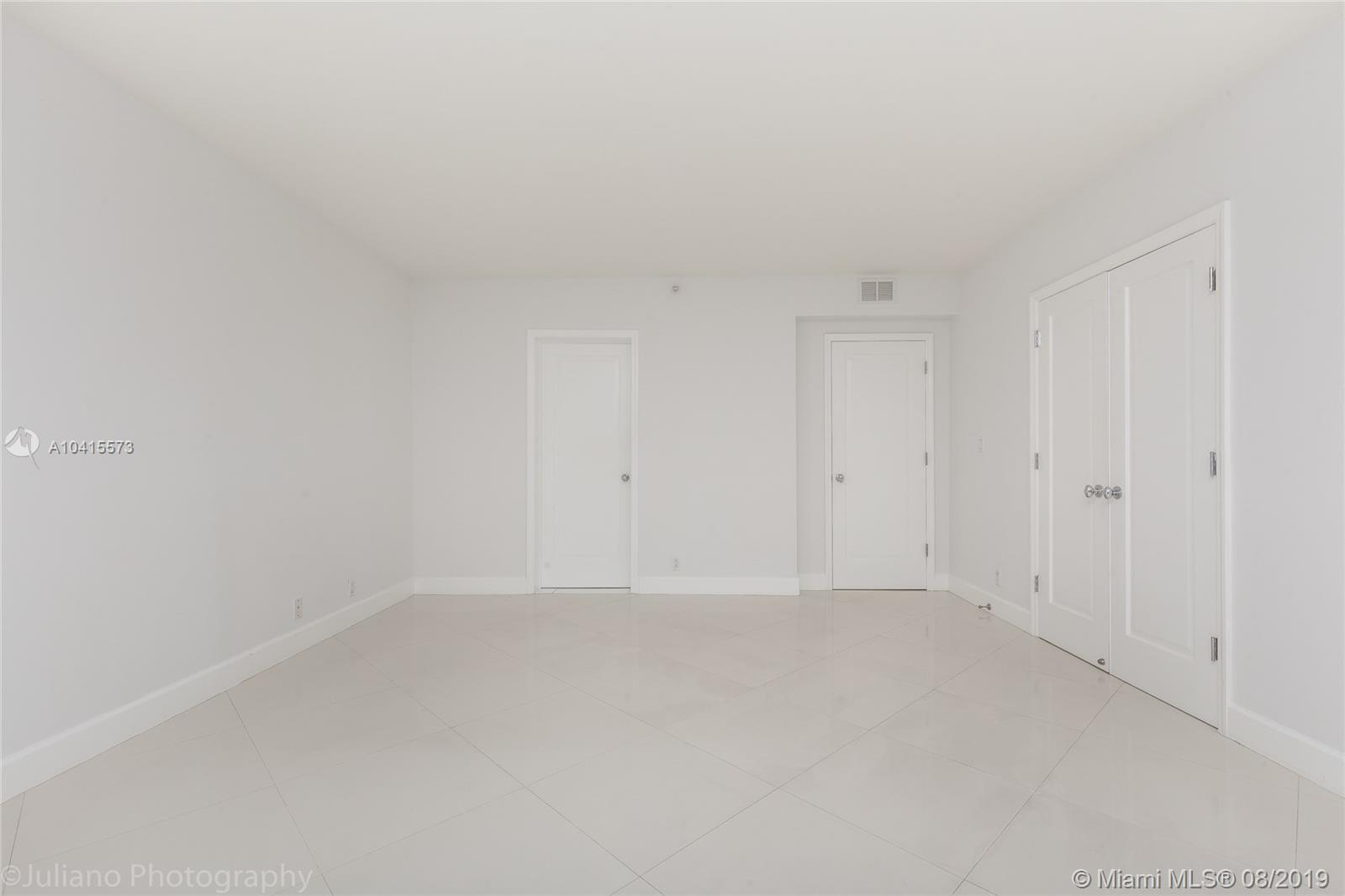 1581 Brickell Ave #205 photo015