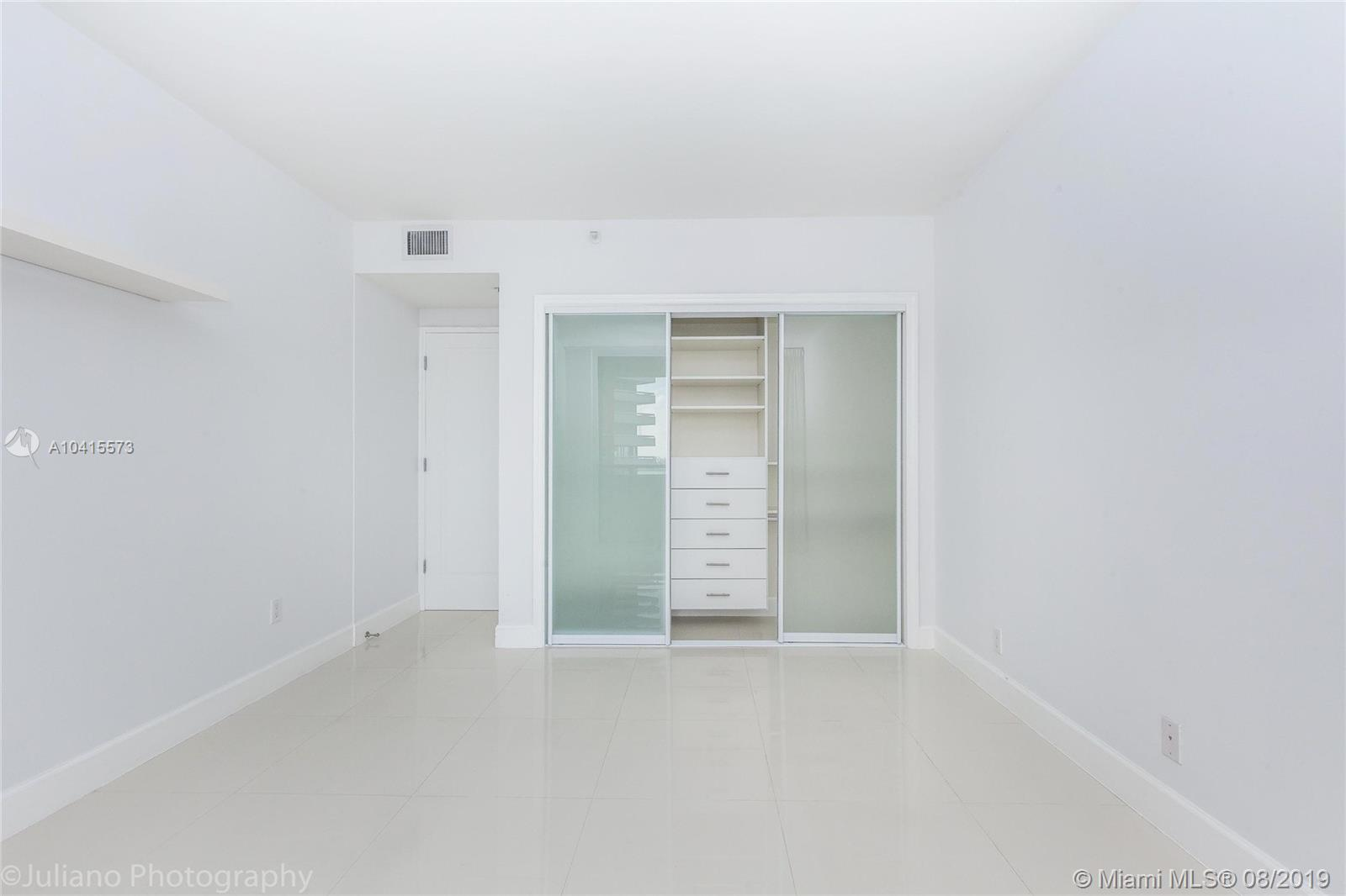 1581 Brickell Ave #205 photo022