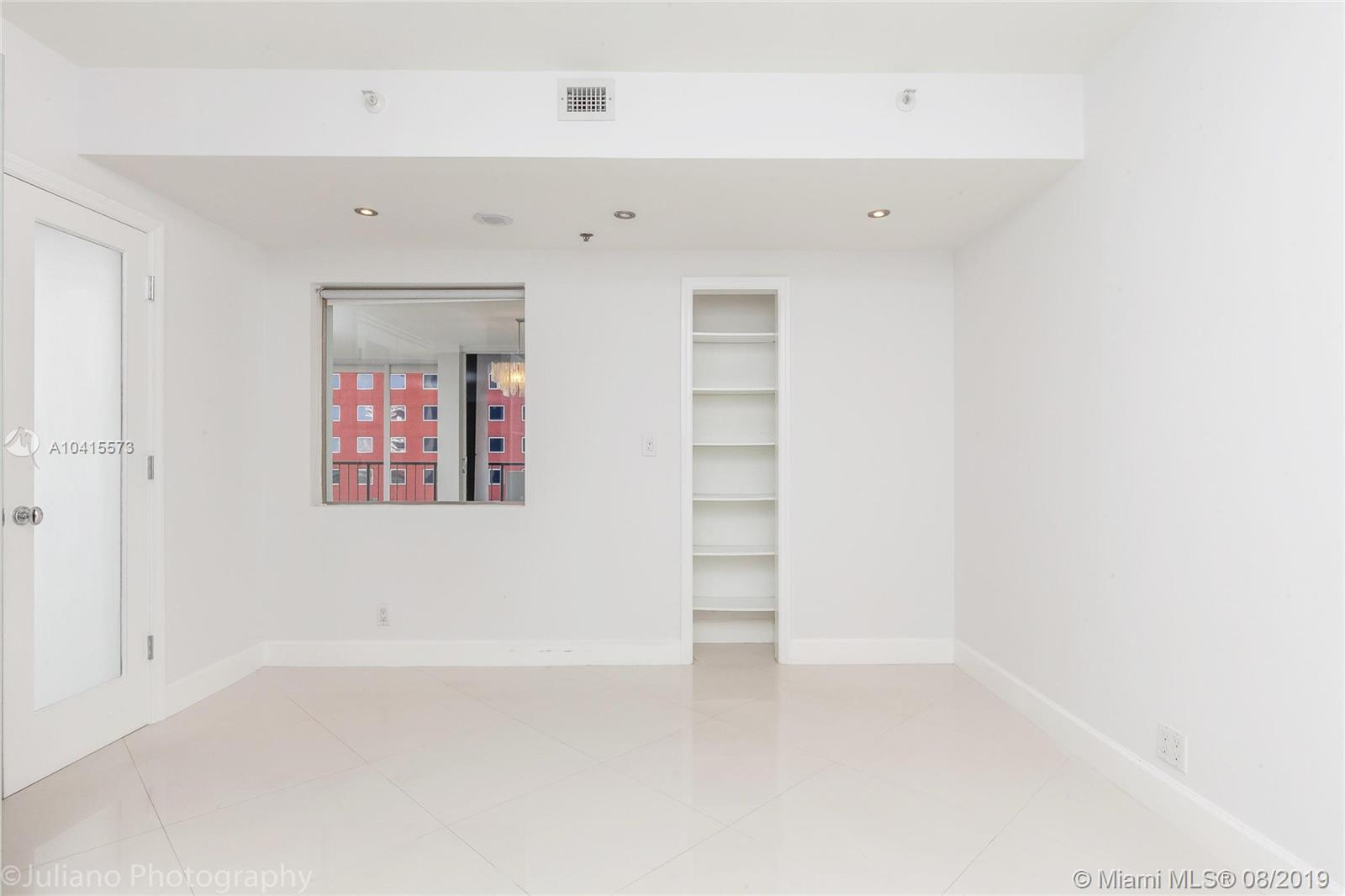 1581 Brickell Ave #205 photo028
