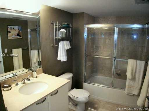 2101 Brickell Ave #1810 photo08