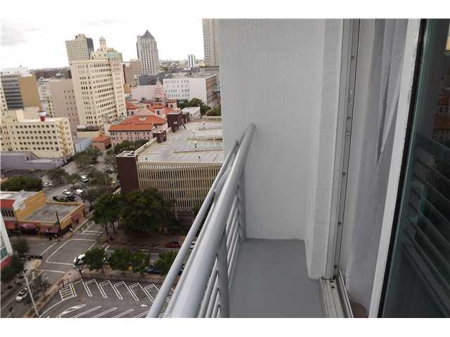 The Loft Downtown #1709 photo10